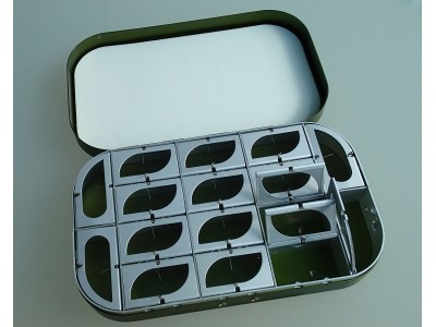 16 compartments flybox
