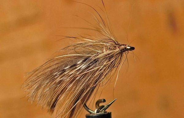 A caddis fly in duck and hare, one of Pierre Kuntz's favourite , similar as the SCL in the C.B.F. collection